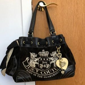 Black Juicy Couture daydreamer velour purse